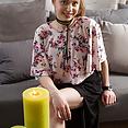 Kleine-breasted teenager-Mädchen Strippen - Bild