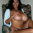 Riesige Ballon Titten küken - Bild