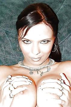 Latina Schlampe Strippen